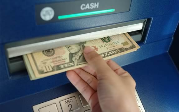 懂了機器人的交易和提現制卡系統,也就看懂了Finnciti